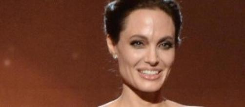 Joli súper delgada en los Hollywood Film Awards