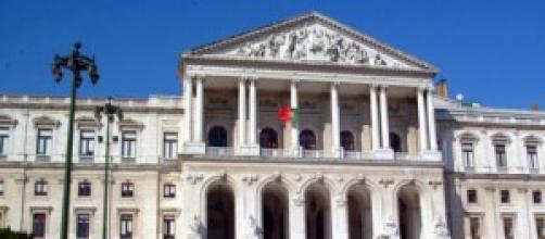 Orçamento aprovado apenas pela maioria PSD-CDS