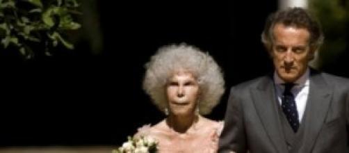 Duquesa de Alba com seu marido no dia do casamento