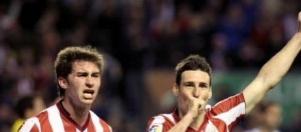 Aritz ADuriz celebrando un gol con el Athletic