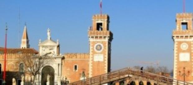 Vietato usare trolley a Venezia