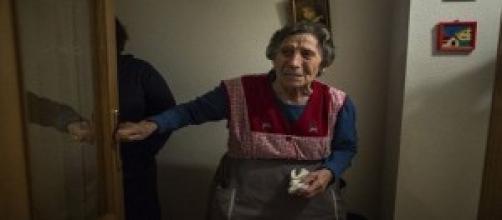 Carmen Martínez durante su desahucio de ayer