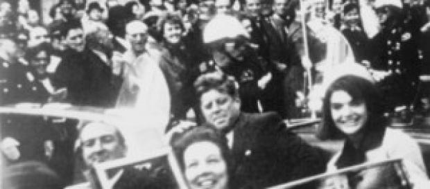 Desfile na qual John Kennedy foi morto a tiros