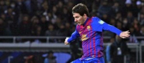 Messi regateando a un portero