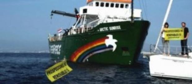 El buque de Greenpeace secuestrado