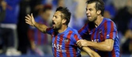 Morales celebrando el gol de la victoria