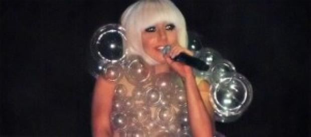 Lady Gaga se hizo un nuevo tatuaje.