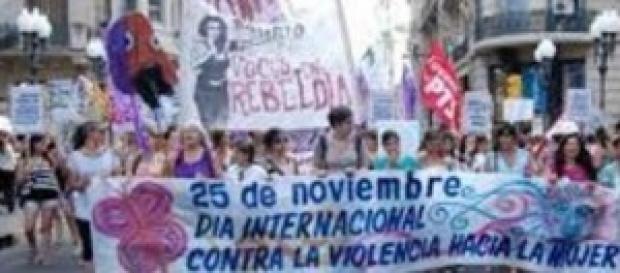 Mujeres marchan en la Ciudad de Buenos Aires