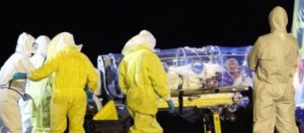 Un medico il primo italiano contagiato dall'Ebola