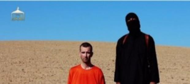 Isis member, before the execution of James Foley