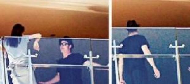 Angelina y Brad discutieron en un balcón.