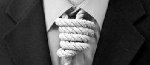 """rinegoziare i debiti con la legge """"salva suicidi"""""""