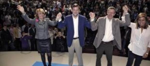 Mariano Rajoy con sus amiguetes, Ana Mato incluida