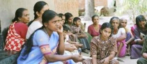 Donne del Kerala discutono dell'accaduto