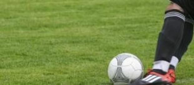 Serie B, verso il big match Bologna-Bari