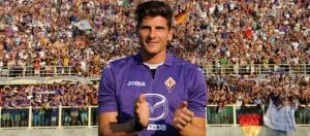 Mario Gomez autore di un gol a Cagliari
