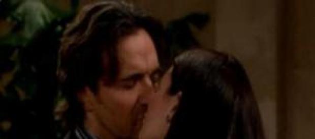 Ridge chiede a Katie di sposarlo