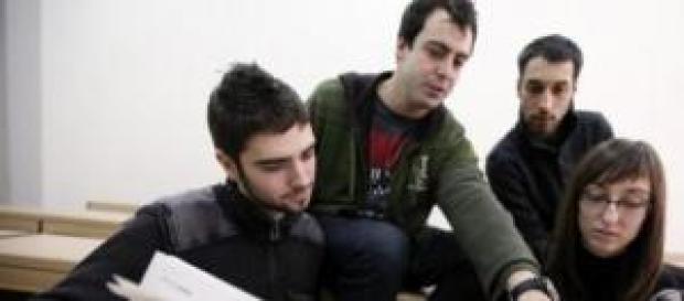 Seis de cada 10 jóvenes españoles emigrarán