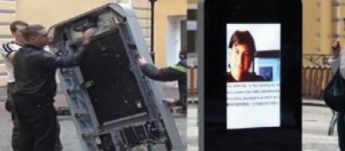 Quitan réplica de iPhone por declaración de Cook.