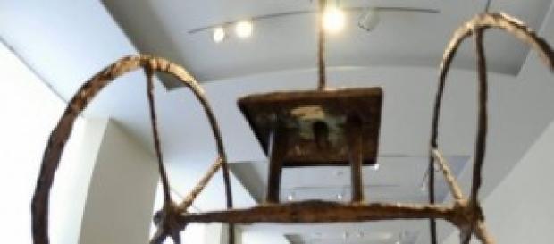Il carro di Alberto Giacometti in bronzo