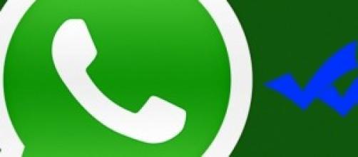 """Doble """"check"""" de WhatsApp"""