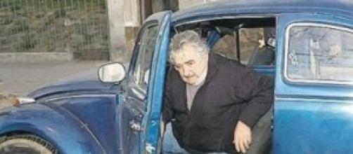 El presidente uruguayo con su fusca.