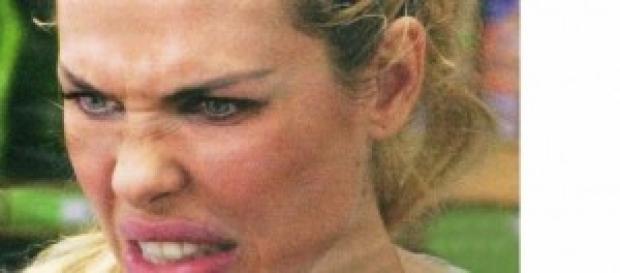 Gossip news: Ilary Blasi, volto troppo rifatto?