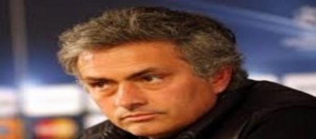 La sfida di Anfield accende il sabato di Premier