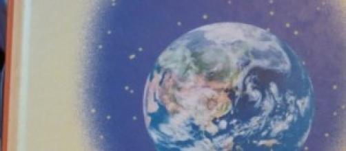 Foto del planeta tierra con estrellas
