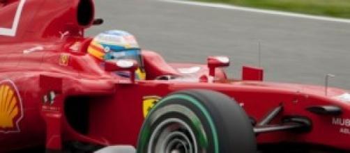 McLaren se impacienta con Fernando Alonso