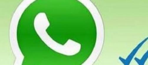 WhatsApp con la doppia spunta blu non piace