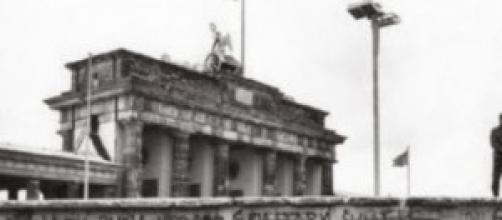 Anniversario caduta muro di Berlino