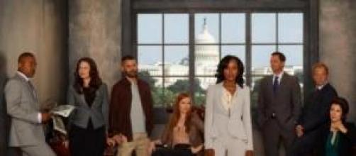 Scandal segunda temporada, Divinity domingos 22 h.