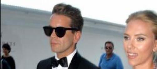 Scarlett Johansson se casó en secreto con Romain.