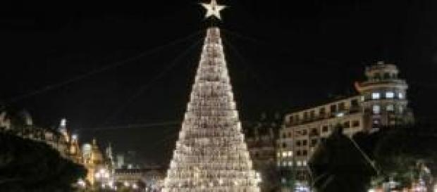 A iluminação de Natal já chegou às ruas do Porto