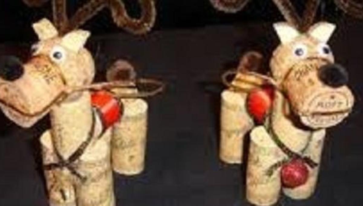 Come Creare Una Renna Luminosa decorazioni natalizie fai da te per bambini: addobbi