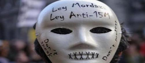 """Manifestante contra la """"Ley Mordaza"""""""