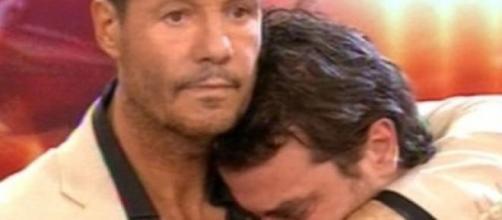 Marcelo Tinelli consuela a Pedro Alfonso,Bailando.