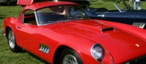 Um Ferrari de 1961 foi um dos carros encontrados