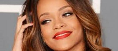 La bellissima cantante Rihanna