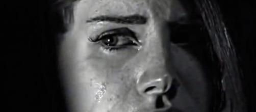 Lana Del Rey numa cena do vídeo