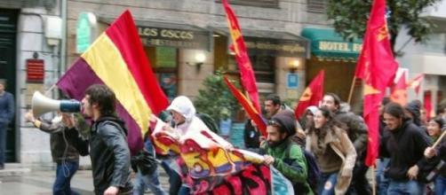"""""""Podemos es el primer partido político del siglo"""""""