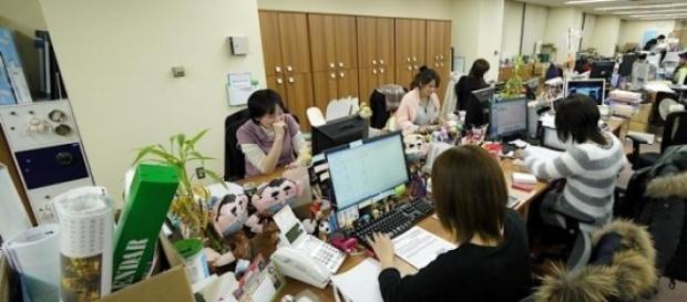 El 90% de las mujeres son acosadas en el trabajo.