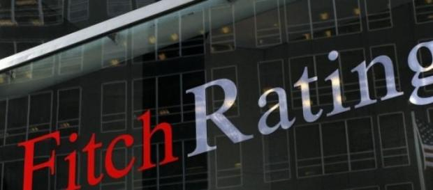 Hearst détient majoritairement  Fitch Group à 80 %