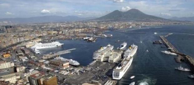 Il Golfo di Napoli visto dall'alto