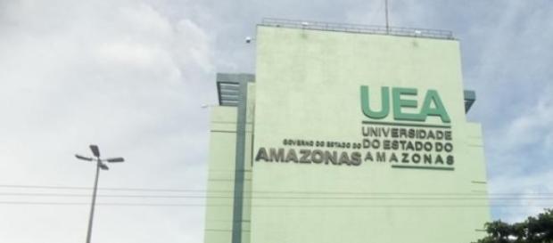 Prédio da Universidade do Estado do Amazonas
