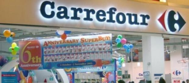 Un punto vendita Carrefour