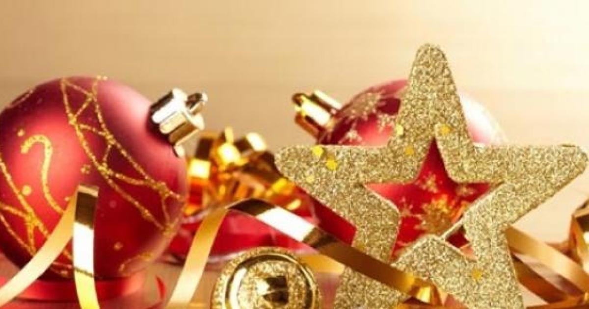 Tavola di natale 2014 come decorare in modo elegante idee fai da te per gli addobbi - Apparecchiare la tavola di natale 2014 ...