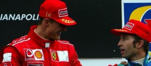 Frentzen en el podio con Schumacher.