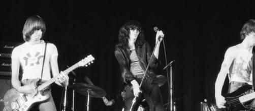 Os Ramones já têm uma réplica sua em gnomo.
